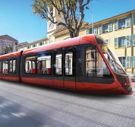 le-tram-ouest-est-a-la-rencontre-des-nic%cc%a7ois
